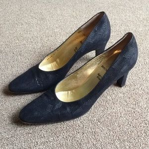 Bruno Magli Leather black heels